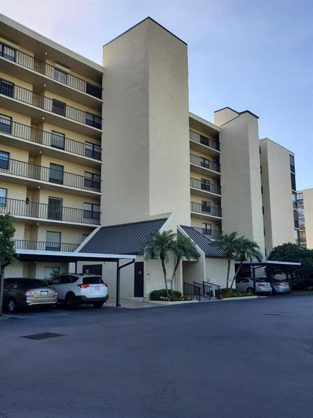 Image for property 2800 COVE CAY DRIVE 6C, CLEARWATER, FL 33760