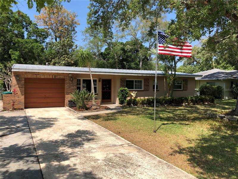 Image for property 5572 100TH WAY, ST PETERSBURG, FL 33708