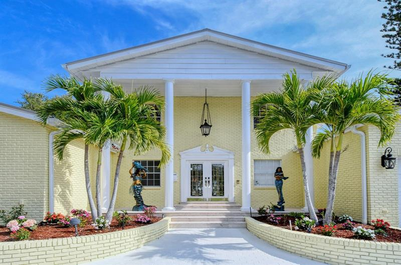 Image for property 154 LOOKOUT POINT DRIVE, OSPREY, FL 34229