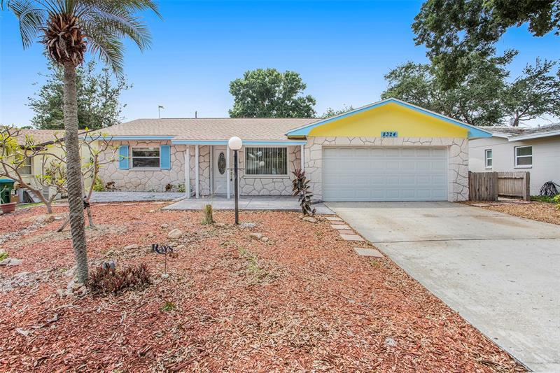 Image for property 8324 139TH STREET, SEMINOLE, FL 33776
