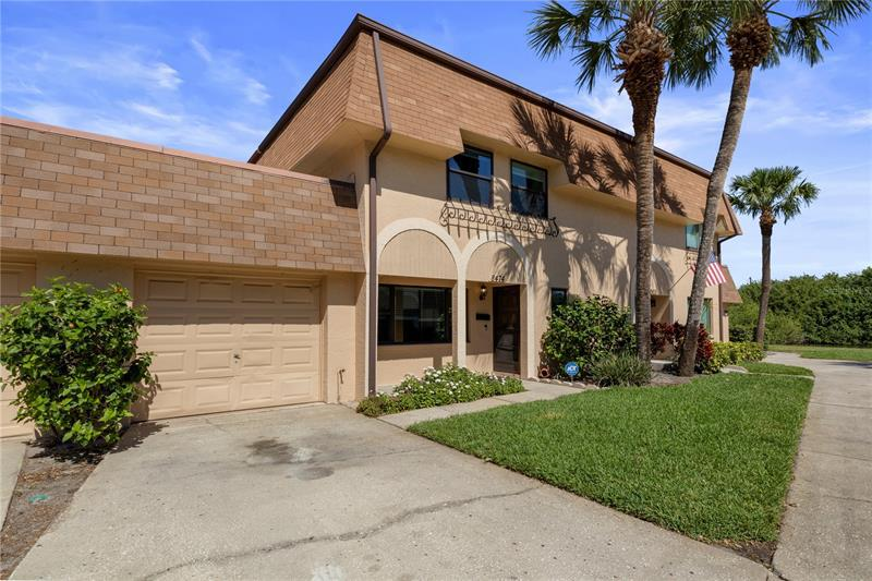 Image for property 8474 17TH WAY, ST PETERSBURG, FL 33702