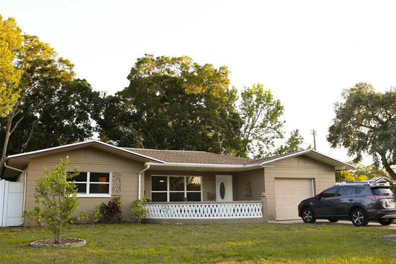 Image for property 4228 25TH AVENUE, ST PETERSBURG, FL 33713