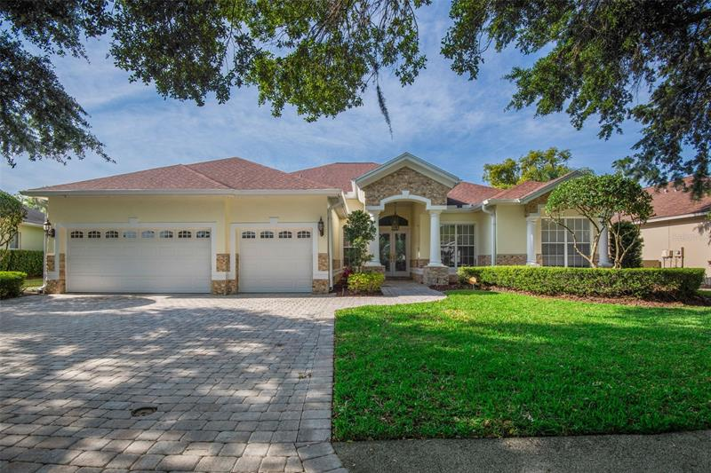 Image for property 10310 CARROLL COVE PLACE, TAMPA, FL 33612