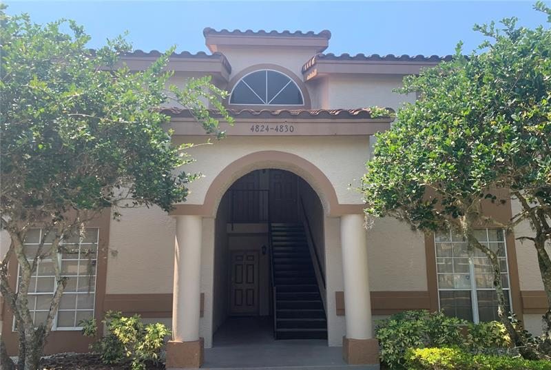Image for property 4826 NORMANDY PLACE 204, ORLANDO, FL 32811