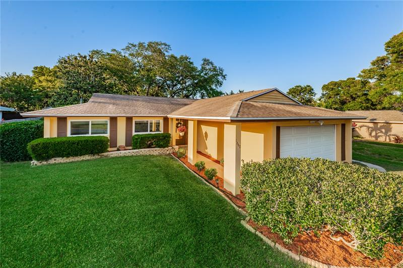 Image for property 1668 EDEN COURT, CLEARWATER, FL 33756