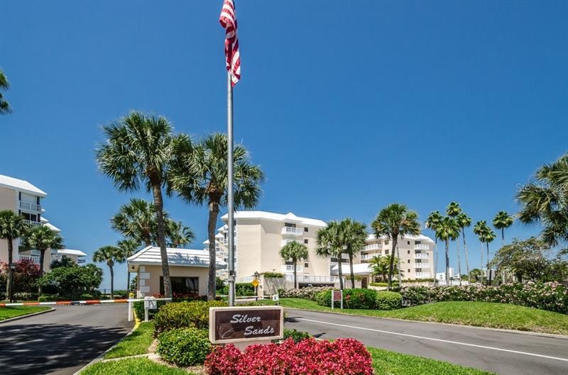 Image for property 6500 SUNSET WAY 308, ST PETE BEACH, FL 33706