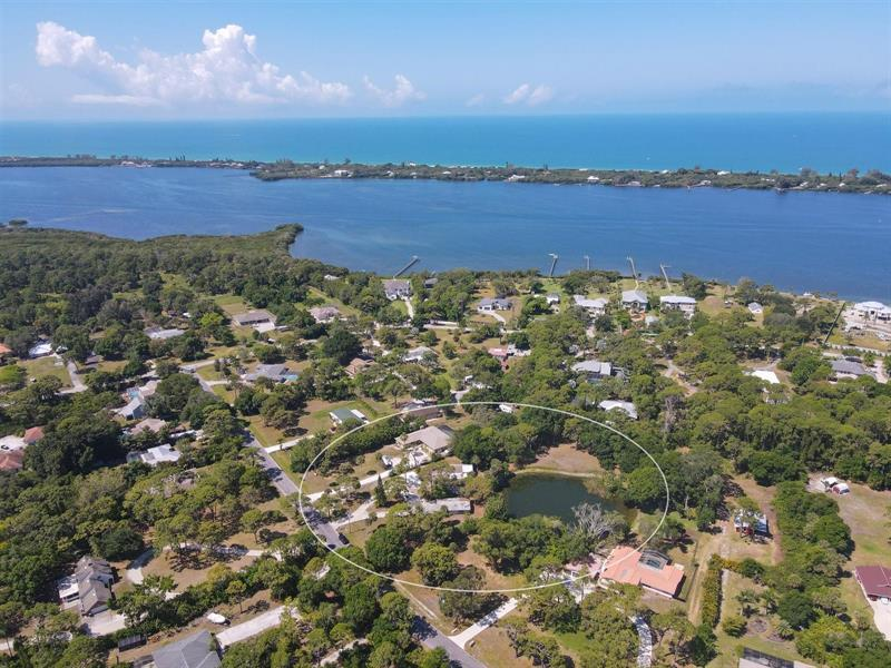 Image for property 1135 LARCHMONT DRIVE, ENGLEWOOD, FL 34223
