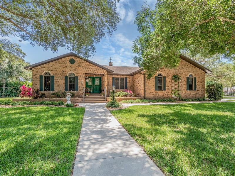Image for property 2502 NORTHWAY DRIVE, VENICE, FL 34292