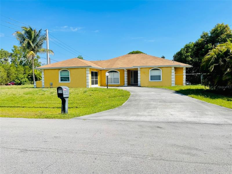 Image for property 2961 LANDER AVENUE, PORT SAINT LUCIE, FL 34952