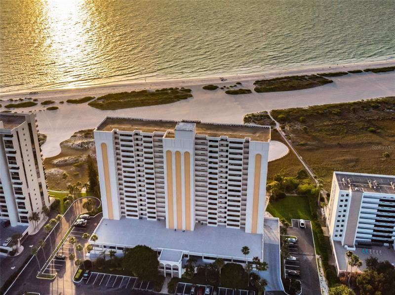 Image for property 1270 GULF BOULEVARD 702, CLEARWATER, FL 33767