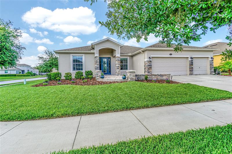 Image for property 121 MYRTLEBERRY LANE, DELAND, FL 32724