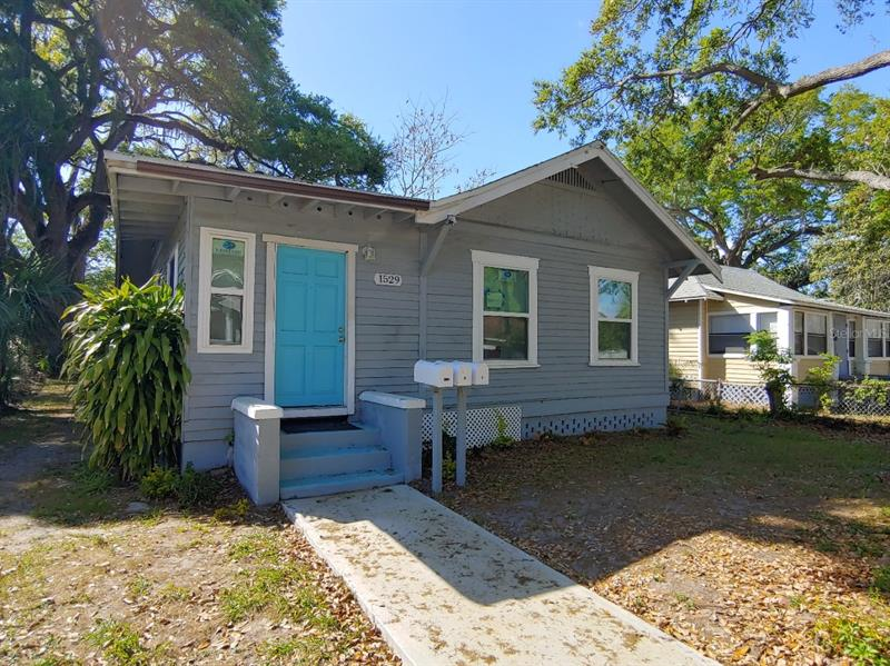 Image for property 1529 12TH STREET, ST PETERSBURG, FL 33705