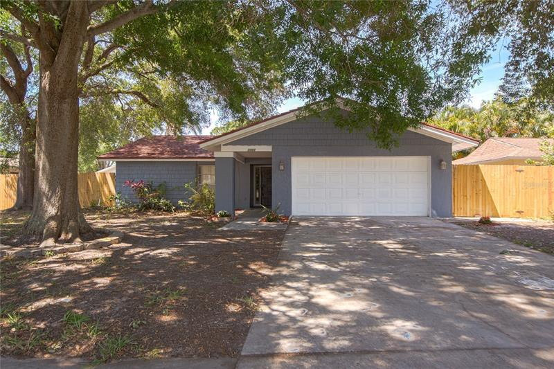Image for property 2366 COVINGTON DRIVE, CLEARWATER, FL 33763