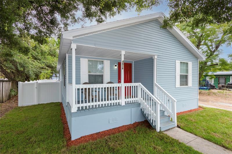 Image for property 4616 8TH AVENUE, ST PETERSBURG, FL 33711