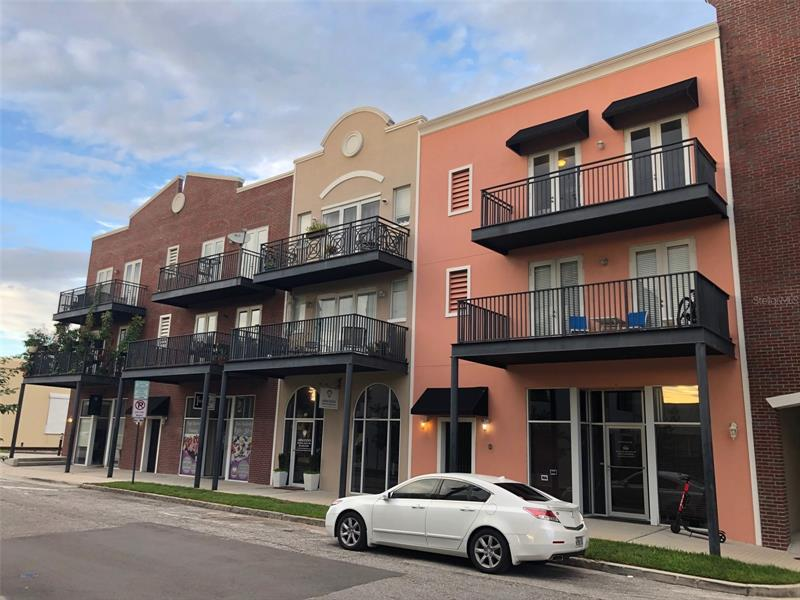 Image for property 2002 5TH AVENUE 204, TAMPA, FL 33605