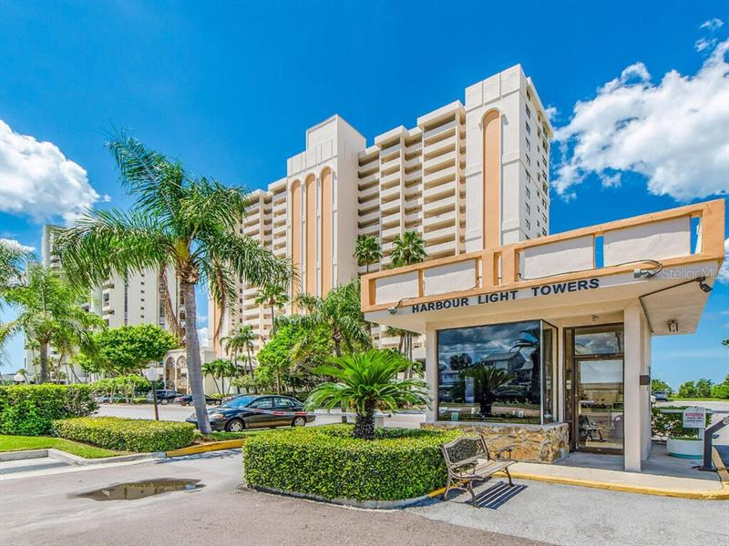 Image for property 1270 GULF BOULEVARD 403, CLEARWATER, FL 33767