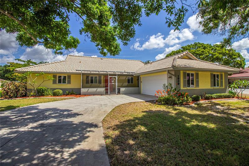 Image for property 1939 NEW BEDFORD DRIVE, SUN CITY CENTER, FL 33573
