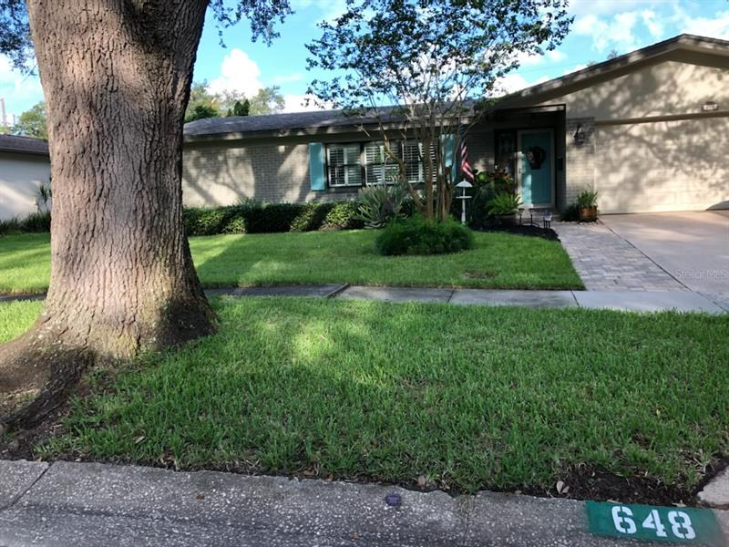 Image for property 648 OBERLIN DRIVE, CLEARWATER, FL 33765