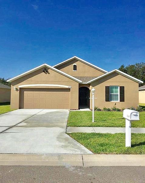 Image for property 5897 FOREST RIDGE DRIVE, WINTER HAVEN, FL 33881
