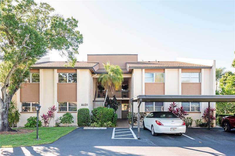 Image for property 2420 CLUBHOUSE CIRCLE 104, SARASOTA, FL 34232