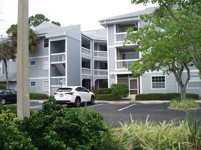 Image for property 6924 STONESTHROW CIRCLE 8301, ST PETERSBURG, FL 33710
