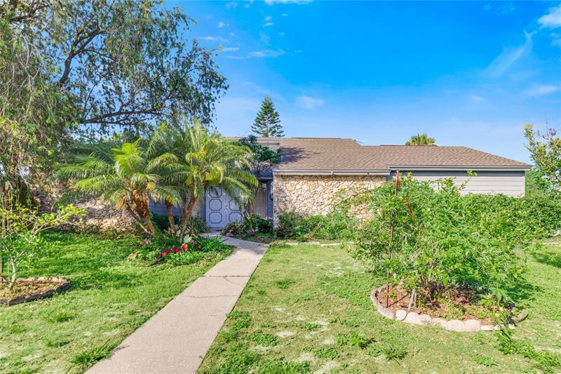 Image for property 8820 PINE BAY COURT, ORLANDO, FL 32825