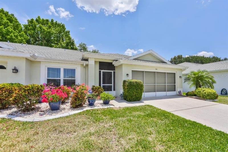 Image for property 728 MASTERPIECE DRIVE, SUN CITY CENTER, FL 33573