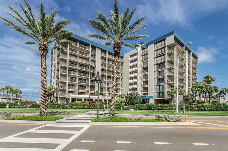 Image for property 1501 GULF BOULEVARD 606, CLEARWATER BEACH, FL 33767