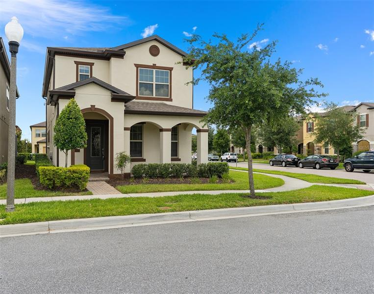 Image for property 14107 LAKEVIEW PARK ROAD, WINTER GARDEN, FL 34787