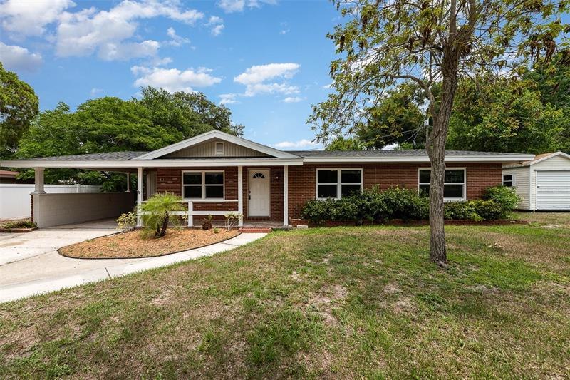 Image for property 811 1ST STREET, LAKE WALES, FL 33853