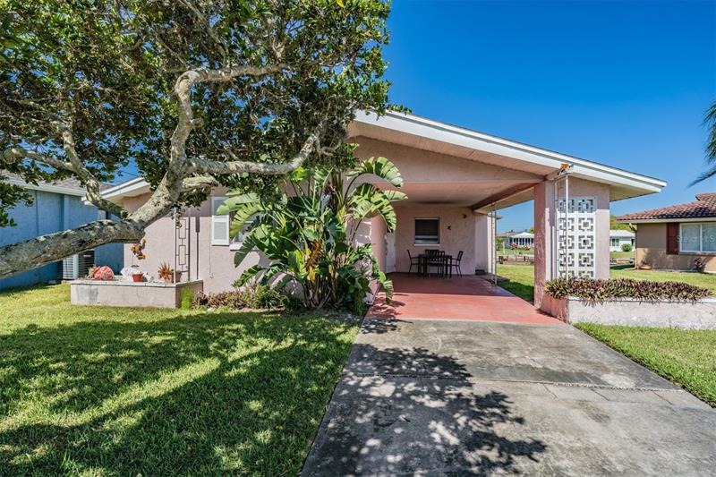 Image for property 5101 PELICAN DRIVE, NEW PORT RICHEY, FL 34652