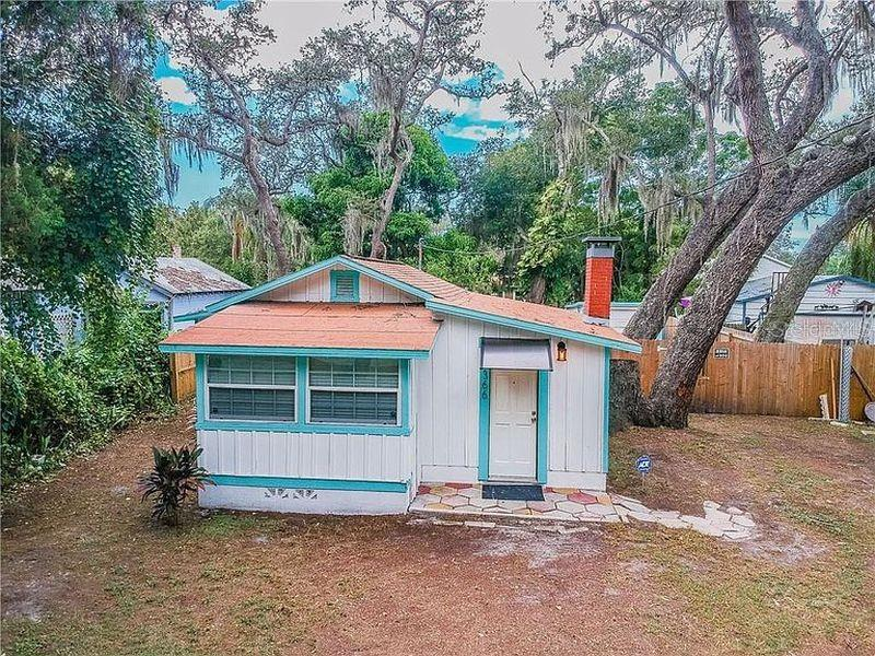 Image for property 1366 MICHIGAN AVENUE, CLEARWATER, FL 33756