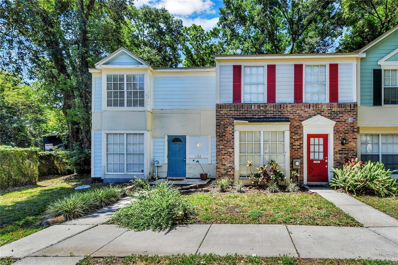 Image for property 1722 MILL RUN CIRCLE, TAMPA, FL 33613