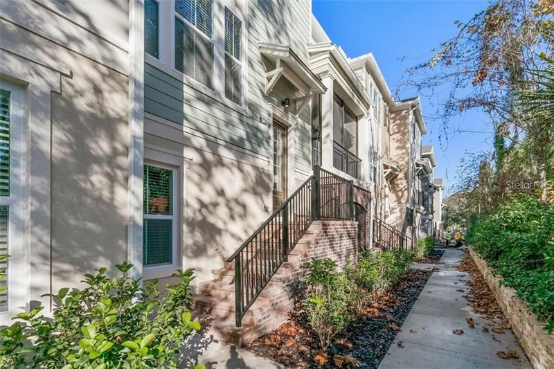 Image for property 209 QUEEN PALM COURT, ALTAMONTE SPRINGS, FL 32701