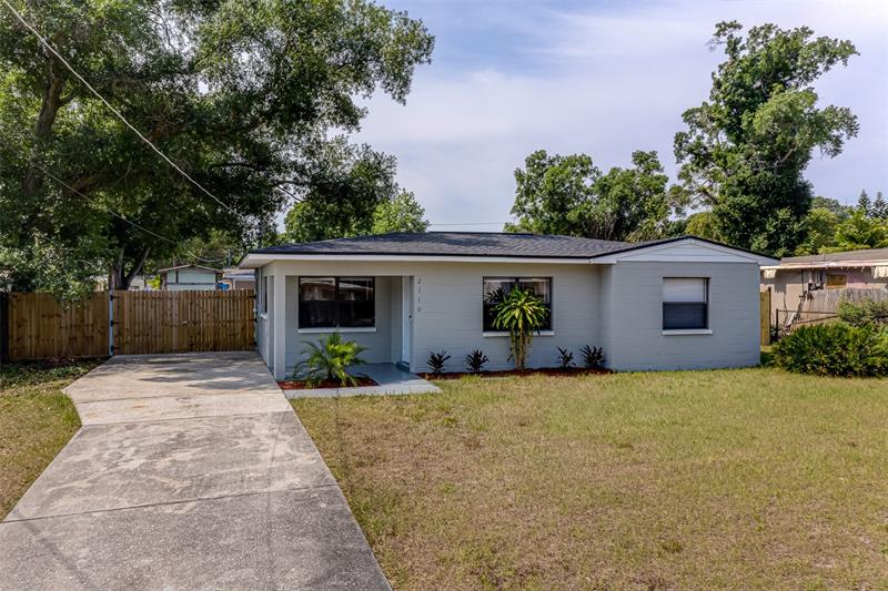 Image for property 2110 CLUSTER AVENUE, TAMPA, FL 33604
