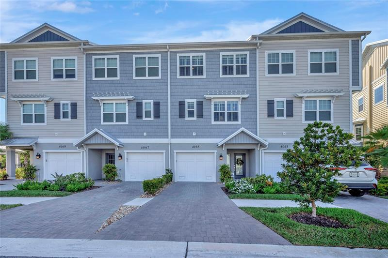 Image for property 4065 ROCKY SHORES DRIVE, TAMPA, FL 33634