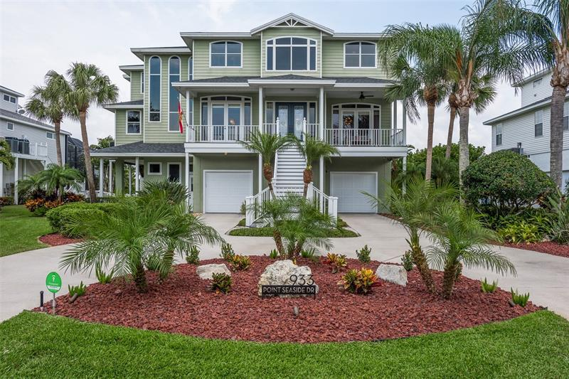 Image for property 933 POINT SEASIDE DRIVE, CRYSTAL BEACH, FL 34681