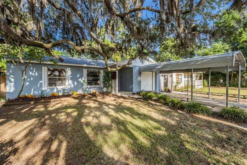 Image for property 8415 46TH STREET, TAMPA, FL 33617