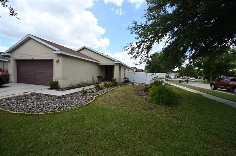 Image for property 11543 BAY GARDENS LOOP, RIVERVIEW, FL 33569