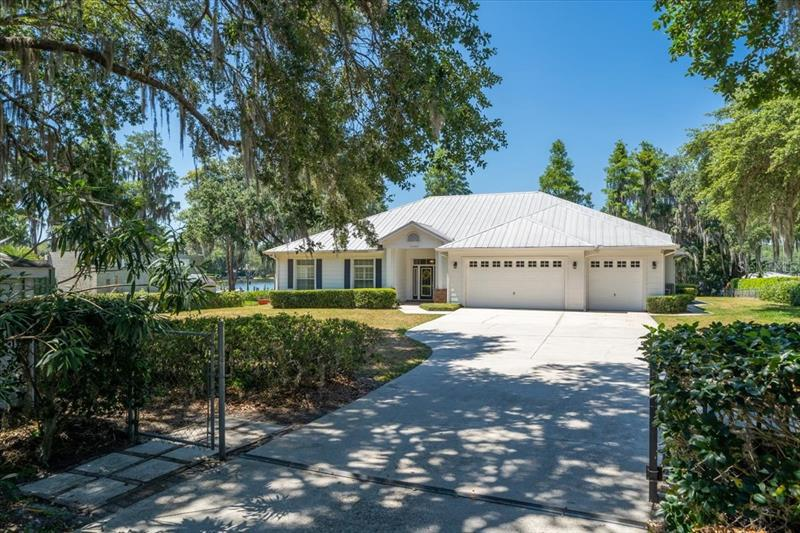 Image for property 14303 WADSWORTH DRIVE, ODESSA, FL 33556