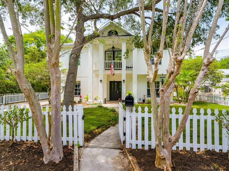 Image for property 3031 ASBURY PLACE, TAMPA, FL 33611