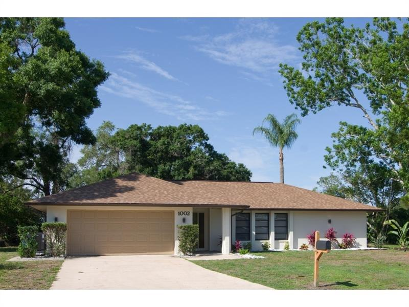 Image for property 1002 INDIAN HILLS COURT, VENICE, FL 34293