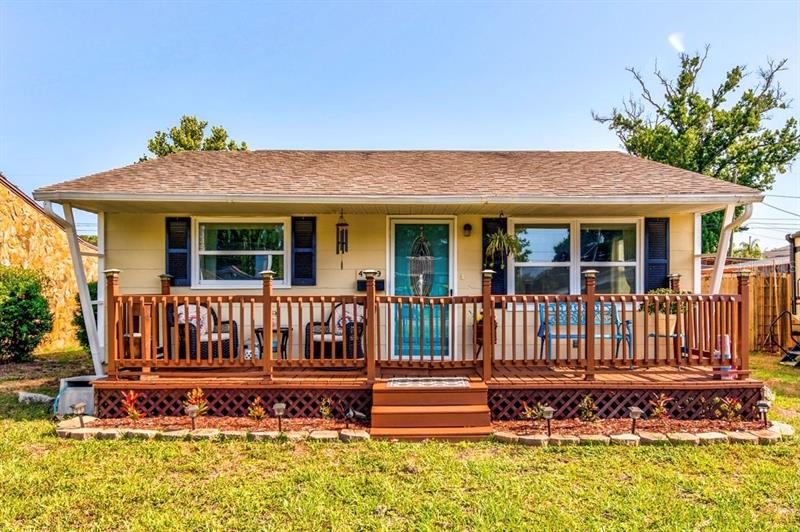 Image for property 4129 36TH AVENUE, ST PETERSBURG, FL 33713