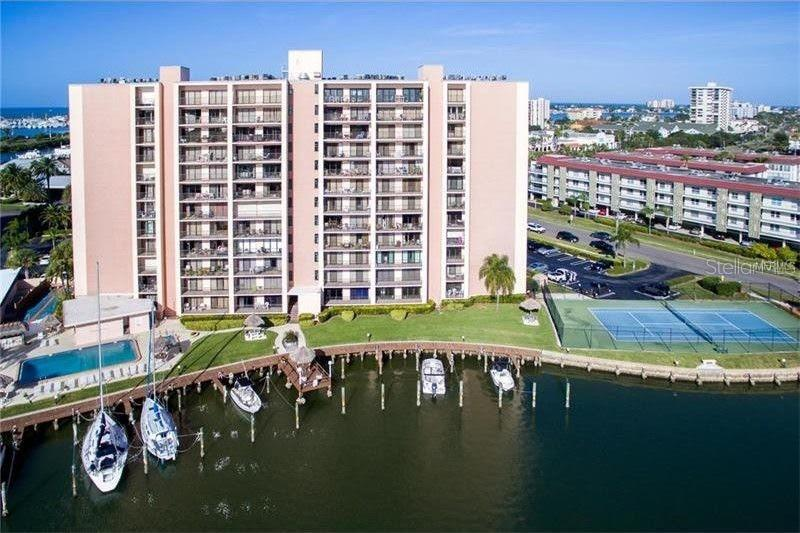 Image for property 51 ISLAND WAY 507, CLEARWATER, FL 33767