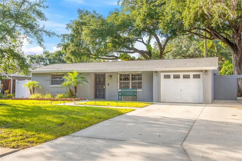 Image for property 6705 RALSTON BEACH CIRCLE, TAMPA, FL 33614