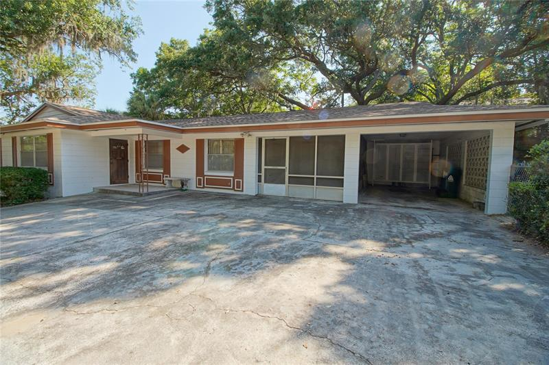 Image for property 15 SUNNYSIDE DRIVE, CLERMONT, FL 34711