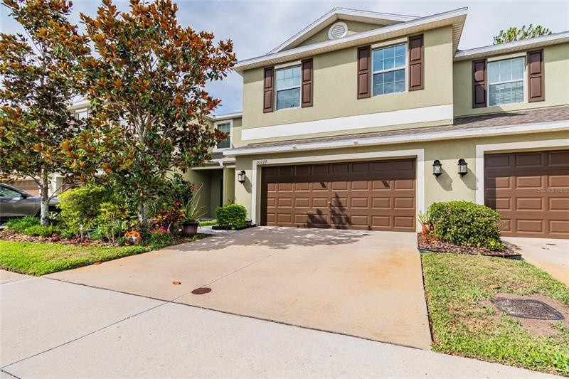 Image for property 20229 INDIAN ROSEWOOD DRIVE, TAMPA, FL 33647