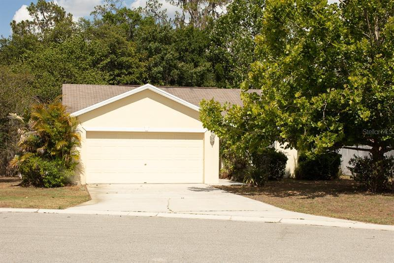 Image for property 3439 IMPERIAL MANOR WAY, MULBERRY, FL 33860