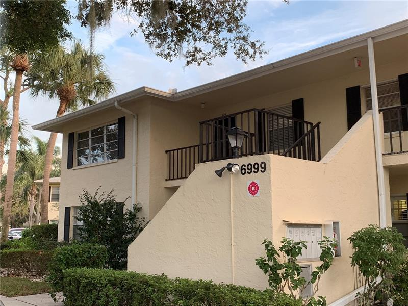 Image for property 6999 COUNTRY CLUB DRIVE 226, SARASOTA, FL 34243