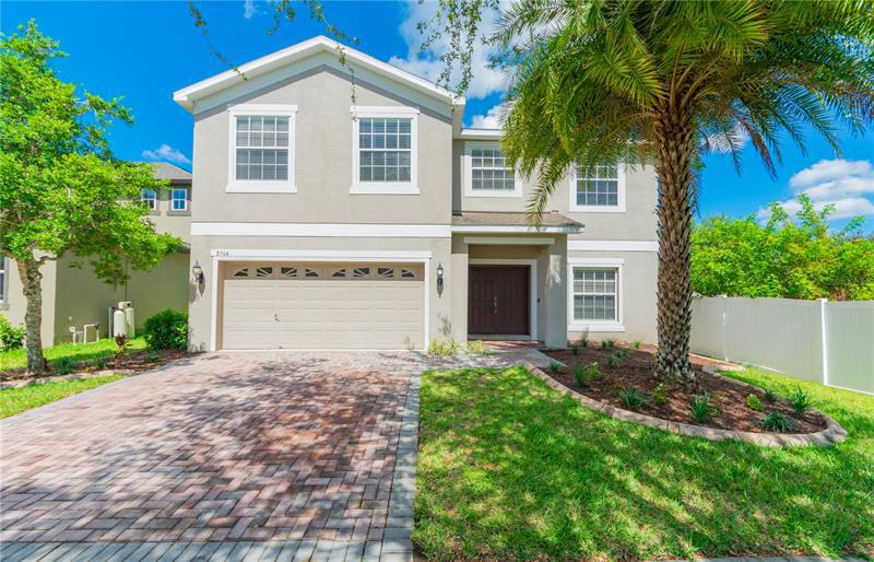 Image for property 8904 CAMERON CREST DRIVE, TAMPA, FL 33626